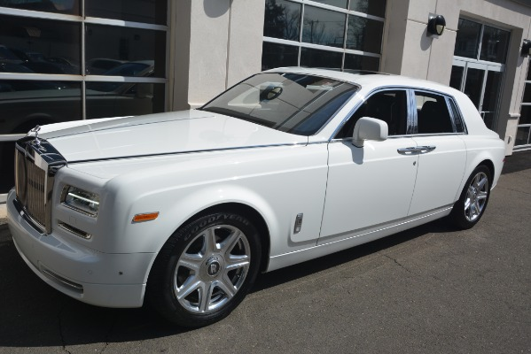 Used 2014 Rolls-Royce Phantom for sale Sold at Maserati of Westport in Westport CT 06880 3