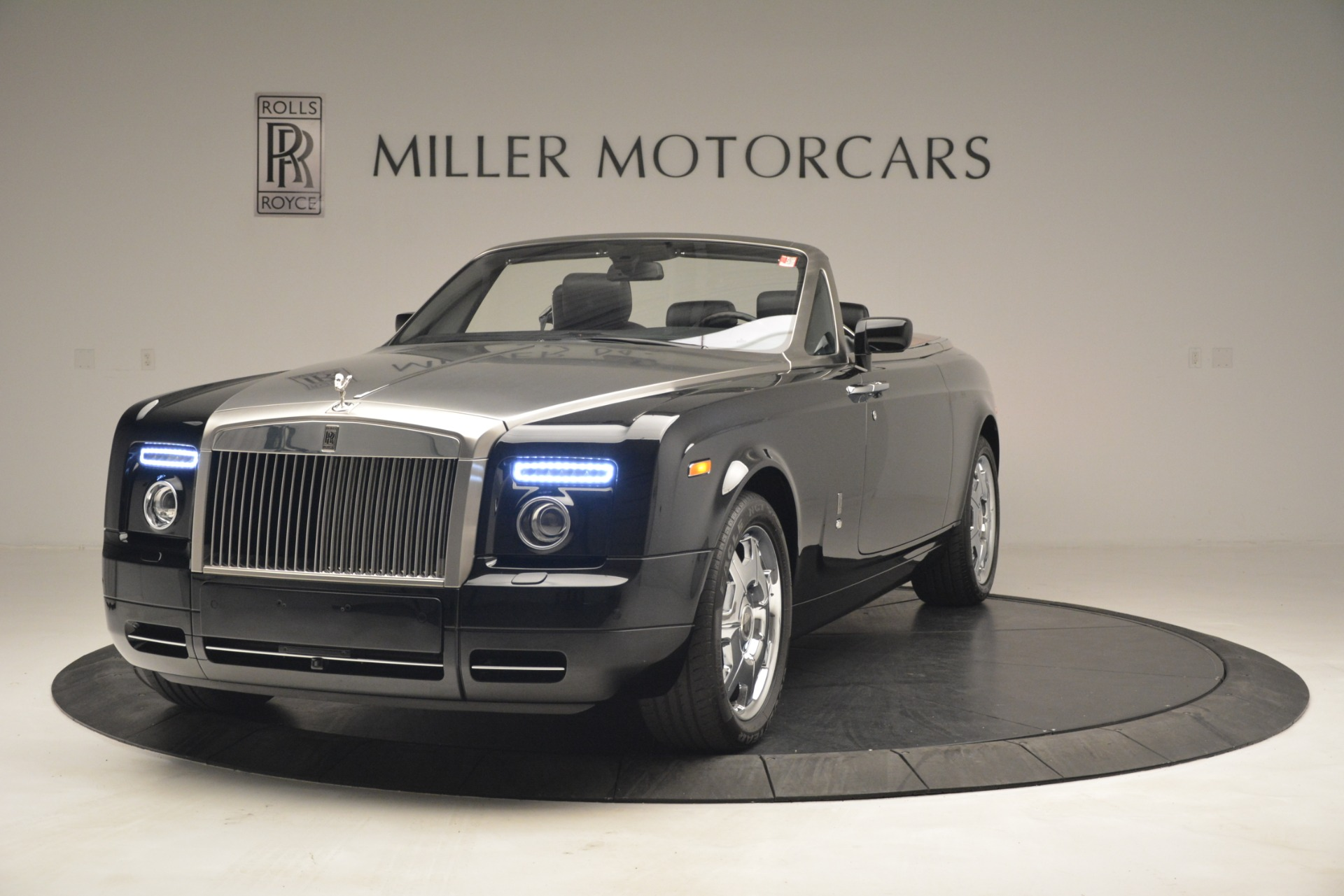 Used 2008 Rolls-Royce Phantom Drophead Coupe for sale Sold at Maserati of Westport in Westport CT 06880 1