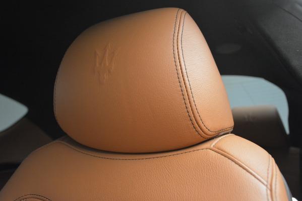 Used 2011 Maserati GranTurismo S Automatic for sale Sold at Maserati of Westport in Westport CT 06880 21
