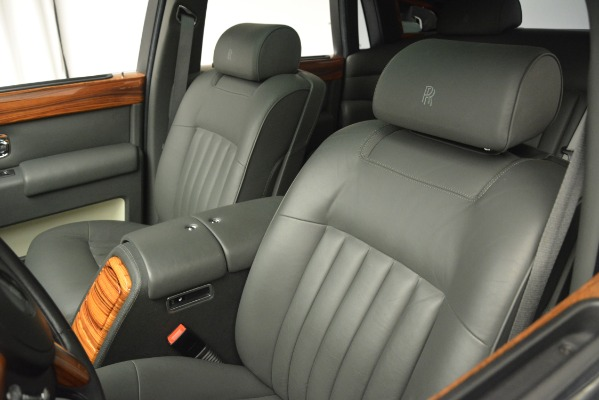 Used 2007 Rolls-Royce Phantom for sale Sold at Maserati of Westport in Westport CT 06880 17