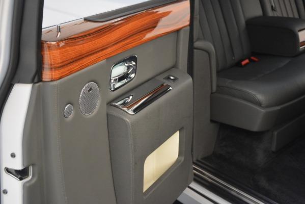 Used 2007 Rolls-Royce Phantom for sale Sold at Maserati of Westport in Westport CT 06880 27