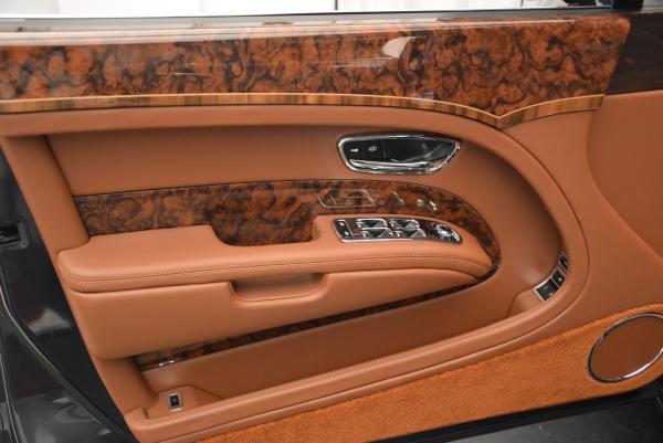 Used 2016 Bentley Mulsanne Speed for sale Sold at Maserati of Westport in Westport CT 06880 15