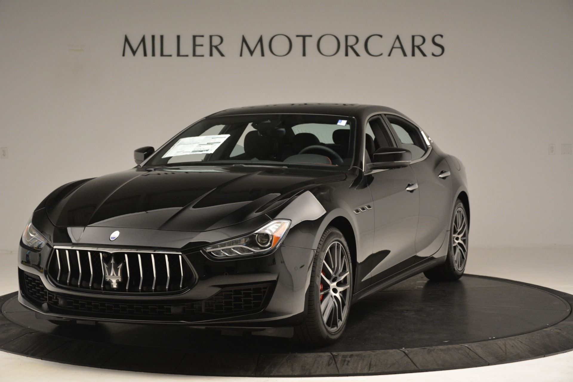 New 2019 Maserati Ghibli S Q4 for sale $59,900 at Maserati of Westport in Westport CT 06880 1
