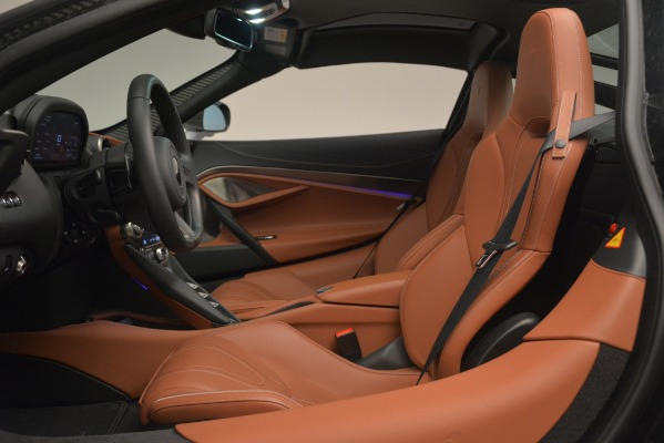 Used 2018 McLaren 720S Coupe for sale Sold at Maserati of Westport in Westport CT 06880 16