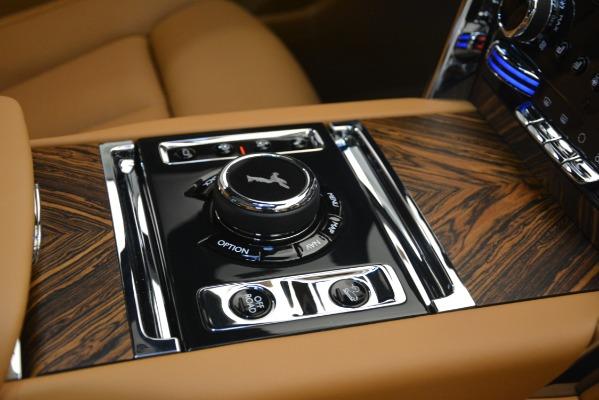 Used 2019 Rolls-Royce Cullinan for sale $347,900 at Maserati of Westport in Westport CT 06880 26