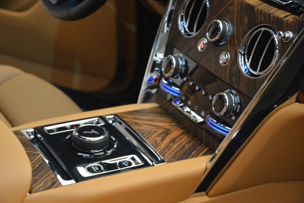 Used 2019 Rolls-Royce Cullinan for sale $347,900 at Maserati of Westport in Westport CT 06880 27