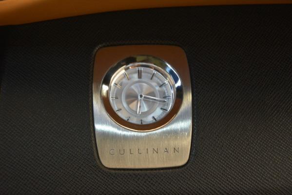 Used 2019 Rolls-Royce Cullinan for sale $347,900 at Maserati of Westport in Westport CT 06880 28