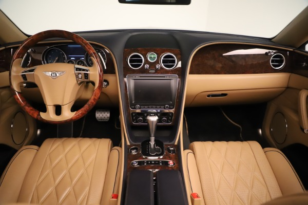 Used 2016 Bentley Flying Spur W12 for sale Sold at Maserati of Westport in Westport CT 06880 25
