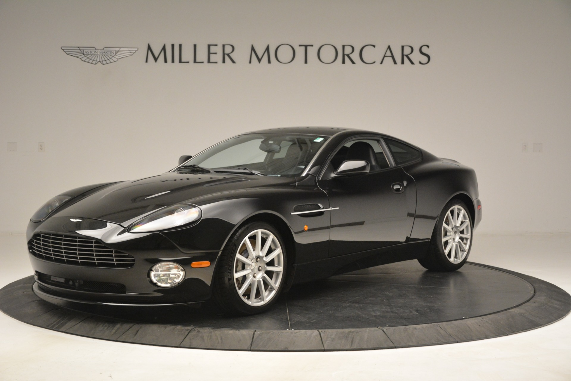 Used 2005 Aston Martin V12 Vanquish S Coupe for sale Sold at Maserati of Westport in Westport CT 06880 1