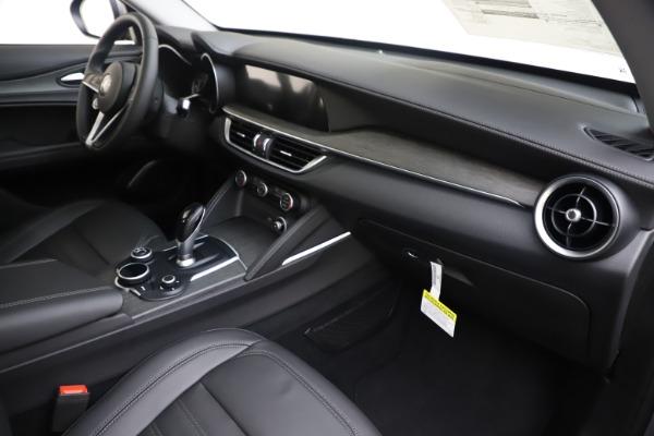 New 2019 Alfa Romeo Stelvio Ti Lusso Q4 for sale Sold at Maserati of Westport in Westport CT 06880 22
