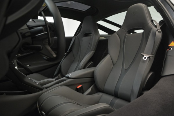 Used 2018 McLaren 720S for sale $275,990 at Maserati of Westport in Westport CT 06880 16