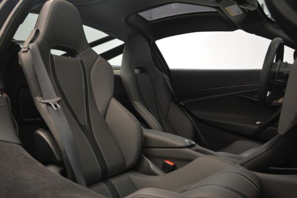 Used 2018 McLaren 720S for sale $275,990 at Maserati of Westport in Westport CT 06880 19
