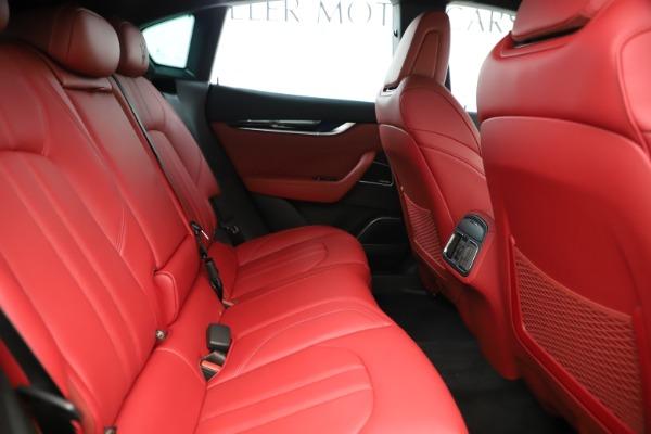 New 2019 Maserati Levante Q4 GranSport Nerissimo for sale Sold at Maserati of Westport in Westport CT 06880 27