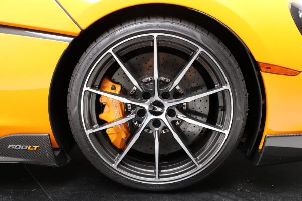 New 2019 McLaren 600LT Coupe for sale $279,310 at Maserati of Westport in Westport CT 06880 14