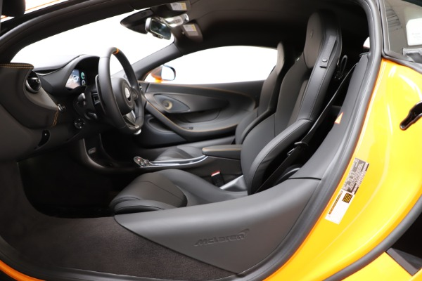 New 2019 McLaren 600LT Coupe for sale $279,310 at Maserati of Westport in Westport CT 06880 16