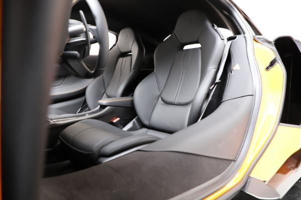 New 2019 McLaren 600LT Coupe for sale $279,310 at Maserati of Westport in Westport CT 06880 17