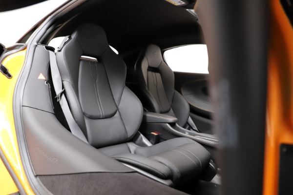 New 2019 McLaren 600LT Coupe for sale $279,310 at Maserati of Westport in Westport CT 06880 20