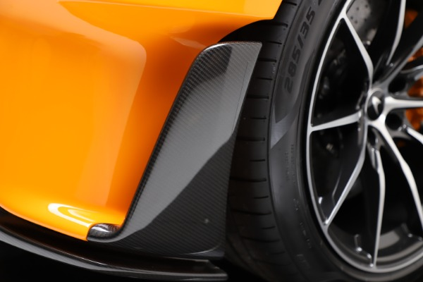 New 2019 McLaren 600LT Coupe for sale $279,310 at Maserati of Westport in Westport CT 06880 24
