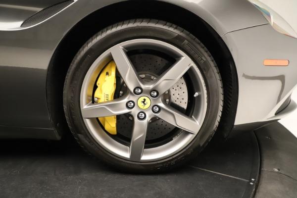 Used 2015 Ferrari California T for sale $139,900 at Maserati of Westport in Westport CT 06880 19