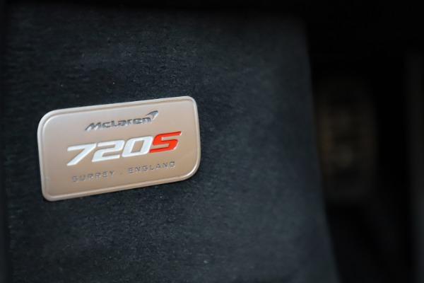New 2020 McLaren 720S SPIDER Convertible for sale $374,830 at Maserati of Westport in Westport CT 06880 27