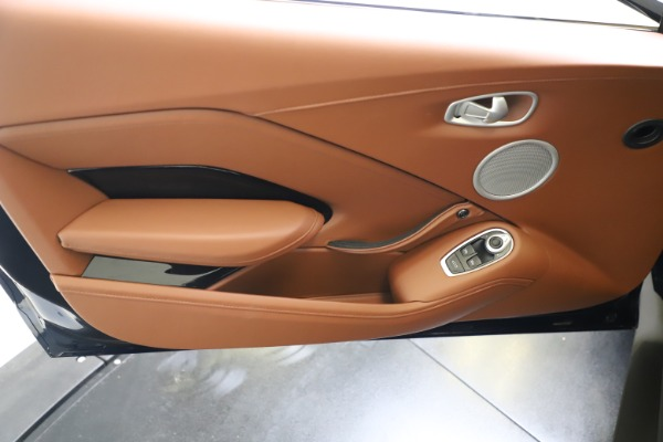 New 2020 Aston Martin Vantage Coupe for sale $163,524 at Maserati of Westport in Westport CT 06880 15