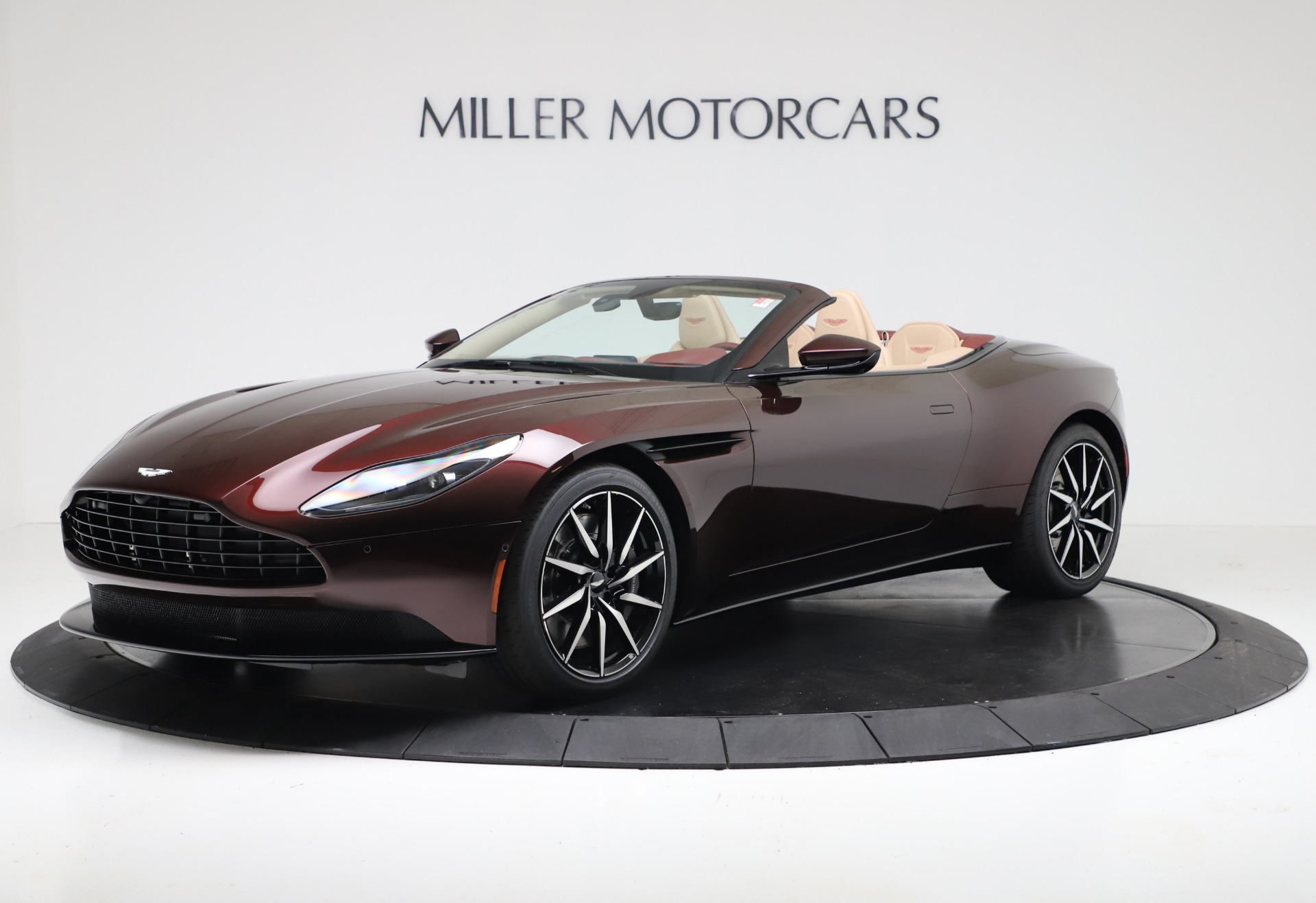 Used 2020 Aston Martin DB11 Volante Convertible for sale $217,900 at Maserati of Westport in Westport CT 06880 1