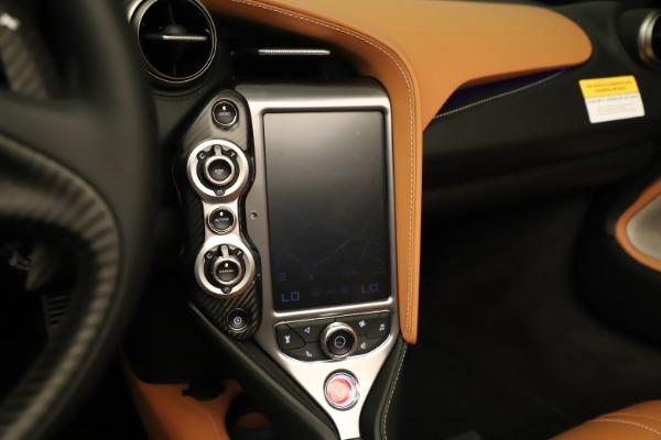 New 2020 McLaren 720S Spider for sale $372,250 at Maserati of Westport in Westport CT 06880 11