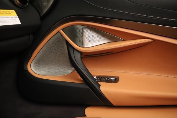 New 2020 McLaren 720S Spider Convertible for sale $372,250 at Maserati of Westport in Westport CT 06880 12