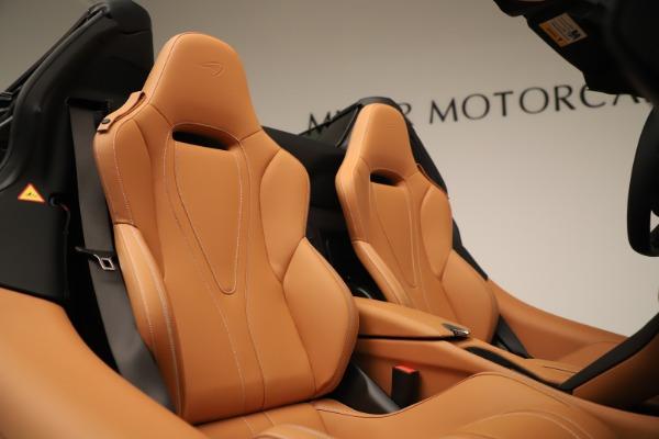 New 2020 McLaren 720S Spider Convertible for sale $372,250 at Maserati of Westport in Westport CT 06880 13