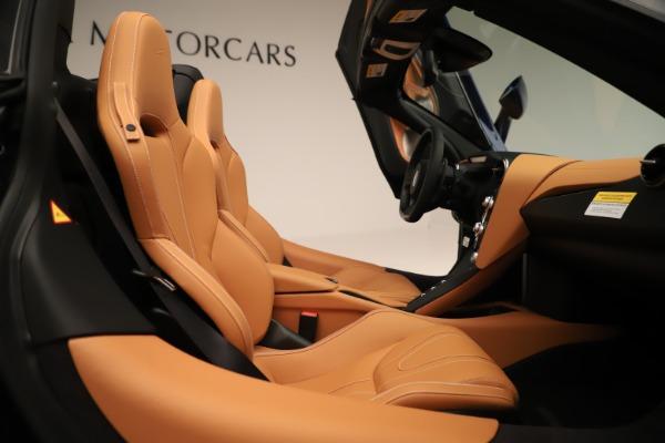 New 2020 McLaren 720S Spider Convertible for sale $372,250 at Maserati of Westport in Westport CT 06880 14