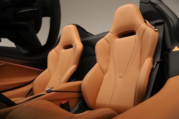 New 2020 McLaren 720S Spider Convertible for sale $372,250 at Maserati of Westport in Westport CT 06880 16