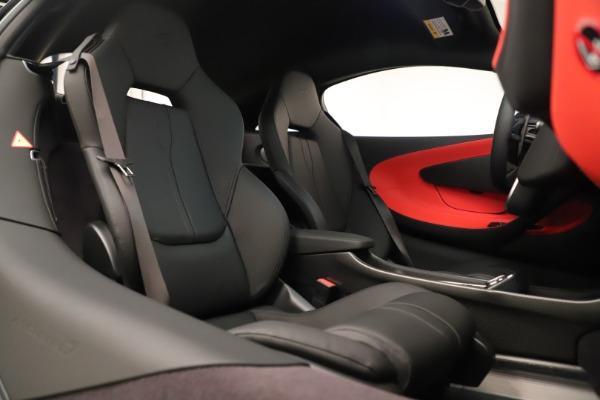 Used 2019 McLaren 600LT Luxury for sale $234,900 at Maserati of Westport in Westport CT 06880 25