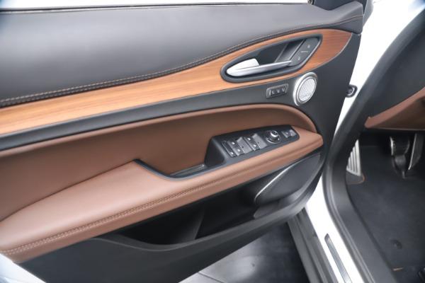New 2019 Alfa Romeo Stelvio Ti Lusso Q4 for sale Sold at Maserati of Westport in Westport CT 06880 17
