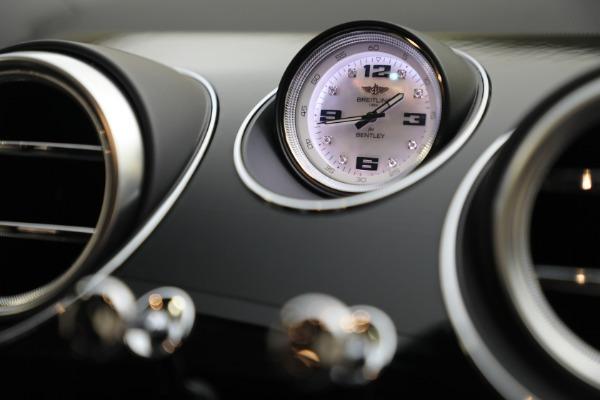 Used 2020 Bentley Bentayga V8 Design Series for sale $199,900 at Maserati of Westport in Westport CT 06880 27