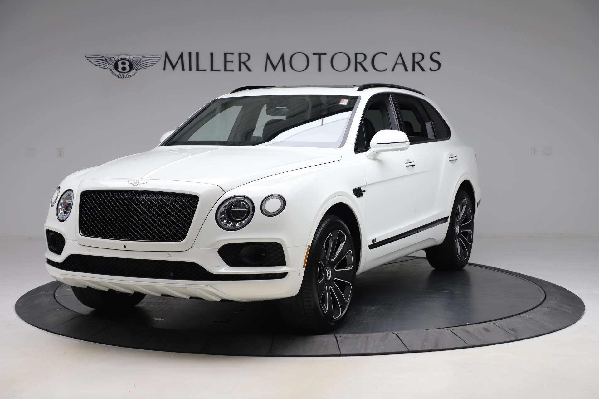 New 2020 Bentley Bentayga V8 Design Series for sale $216,860 at Maserati of Westport in Westport CT 06880 1