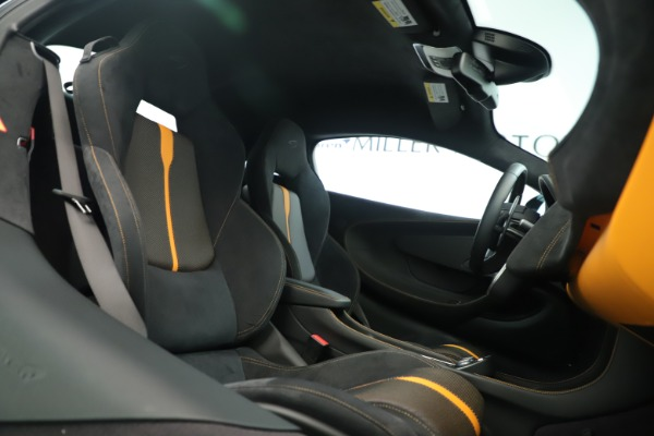 Used 2016 McLaren 570S Coupe for sale Sold at Maserati of Westport in Westport CT 06880 18