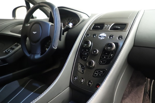 Used 2014 Aston Martin Vanquish Coupe for sale $116,900 at Maserati of Westport in Westport CT 06880 17