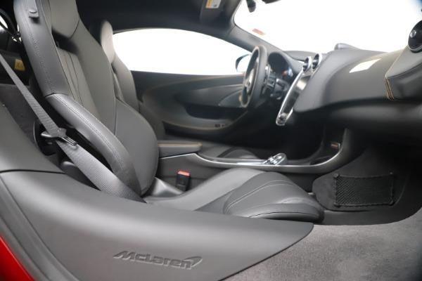 New 2019 McLaren 600LT for sale $285,236 at Maserati of Westport in Westport CT 06880 27