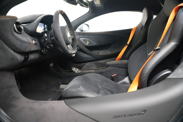 New 2019 McLaren 600LT Coupe for sale $311,619 at Maserati of Westport in Westport CT 06880 19