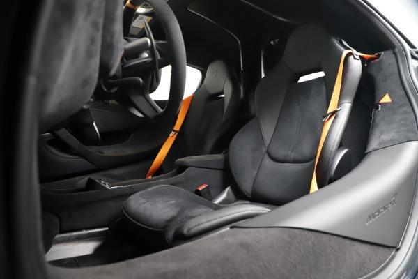 New 2019 McLaren 600LT for sale $311,619 at Maserati of Westport in Westport CT 06880 20