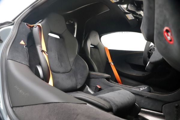New 2019 McLaren 600LT Coupe for sale $311,619 at Maserati of Westport in Westport CT 06880 24