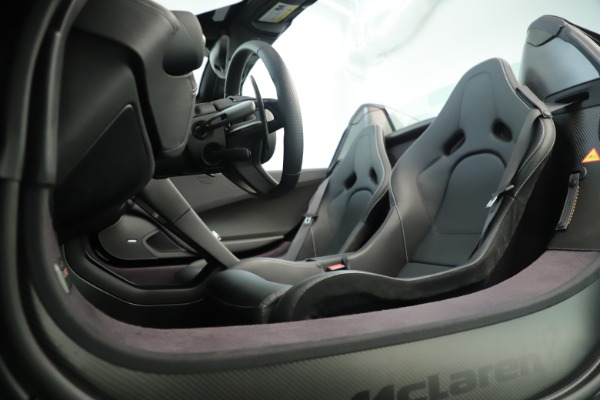 Used 2016 McLaren 675LT Convertible for sale Sold at Maserati of Westport in Westport CT 06880 22