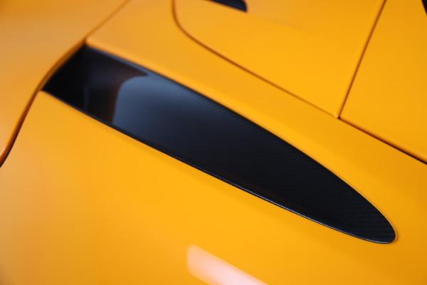 New 2020 McLaren 720S Spider Convertible for sale $374,440 at Maserati of Westport in Westport CT 06880 20