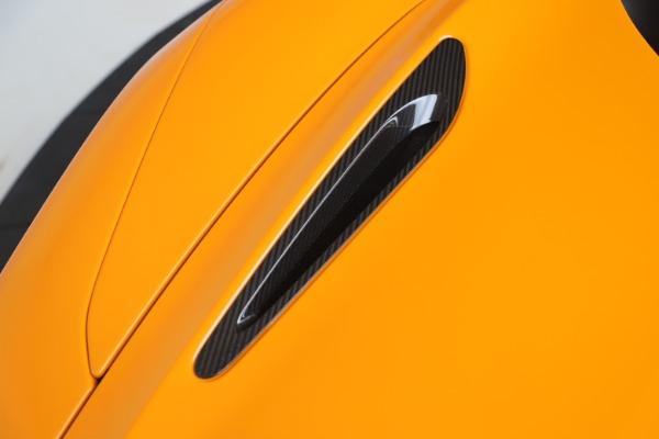 New 2020 McLaren 720S Spider Convertible for sale $374,440 at Maserati of Westport in Westport CT 06880 21