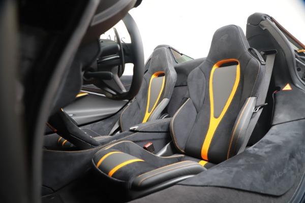 New 2020 McLaren 720S Spider Convertible for sale $374,440 at Maserati of Westport in Westport CT 06880 26