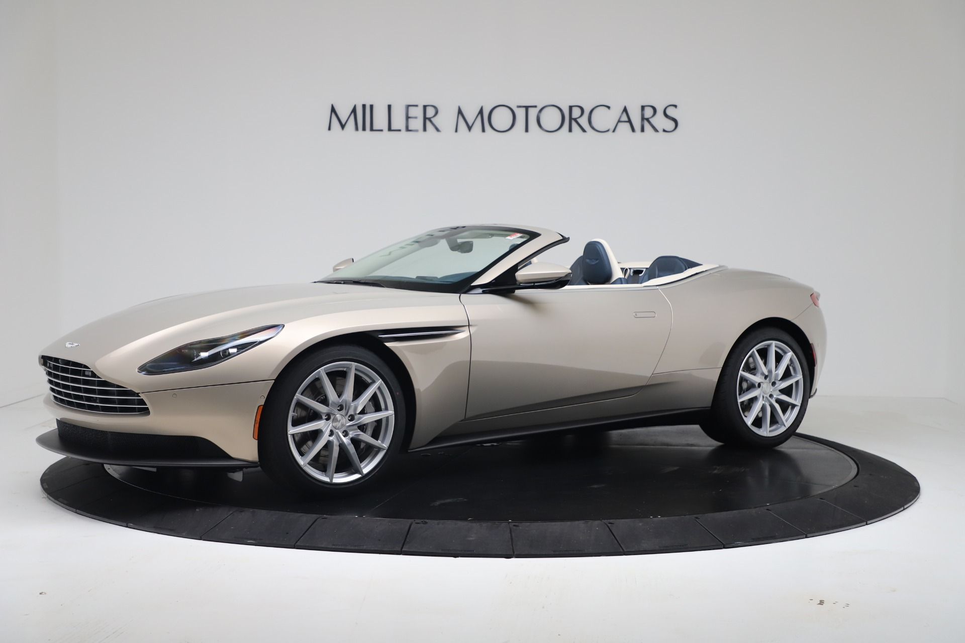 New 2020 Aston Martin DB11 Volante Convertible for sale $255,556 at Maserati of Westport in Westport CT 06880 1