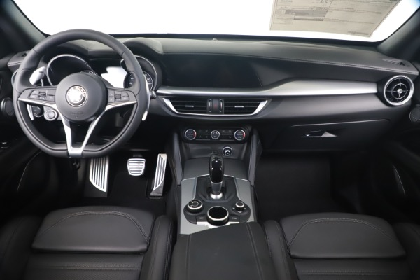 New 2019 Alfa Romeo Stelvio Ti Sport Q4 for sale $55,090 at Maserati of Westport in Westport CT 06880 16