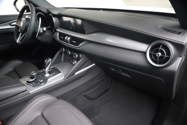 New 2019 Alfa Romeo Stelvio Ti Sport Q4 for sale $55,090 at Maserati of Westport in Westport CT 06880 22