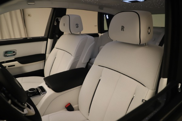New 2020 Rolls-Royce Phantom for sale $545,200 at Maserati of Westport in Westport CT 06880 27
