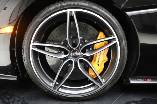 Used 2017 McLaren 570S Coupe for sale Sold at Maserati of Westport in Westport CT 06880 15
